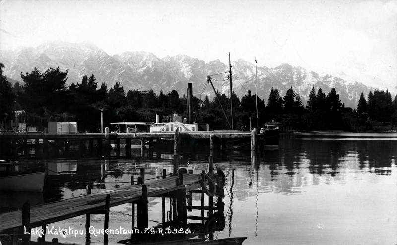 Lake Wakatipu Queenstown - FGR - RPPC